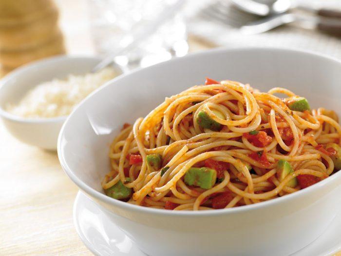 Tomato-Avo-Pasta-08.jpg