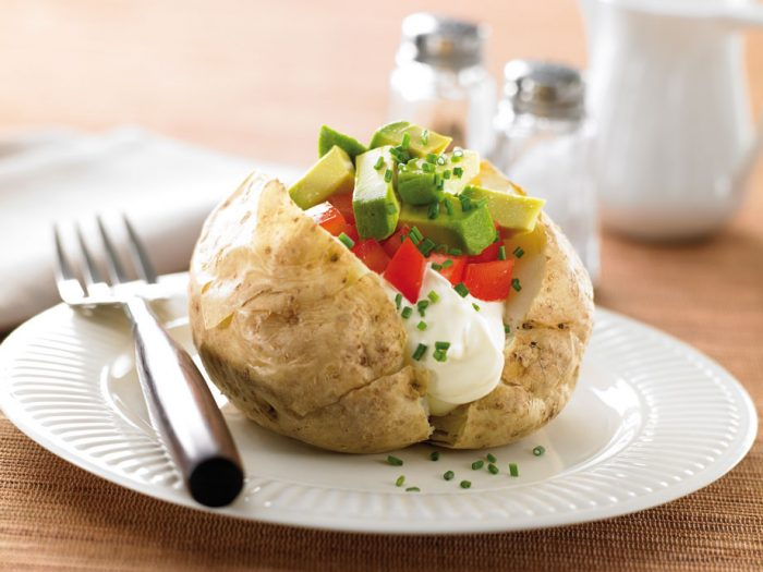 tomato_avo_baked_potato.jpg