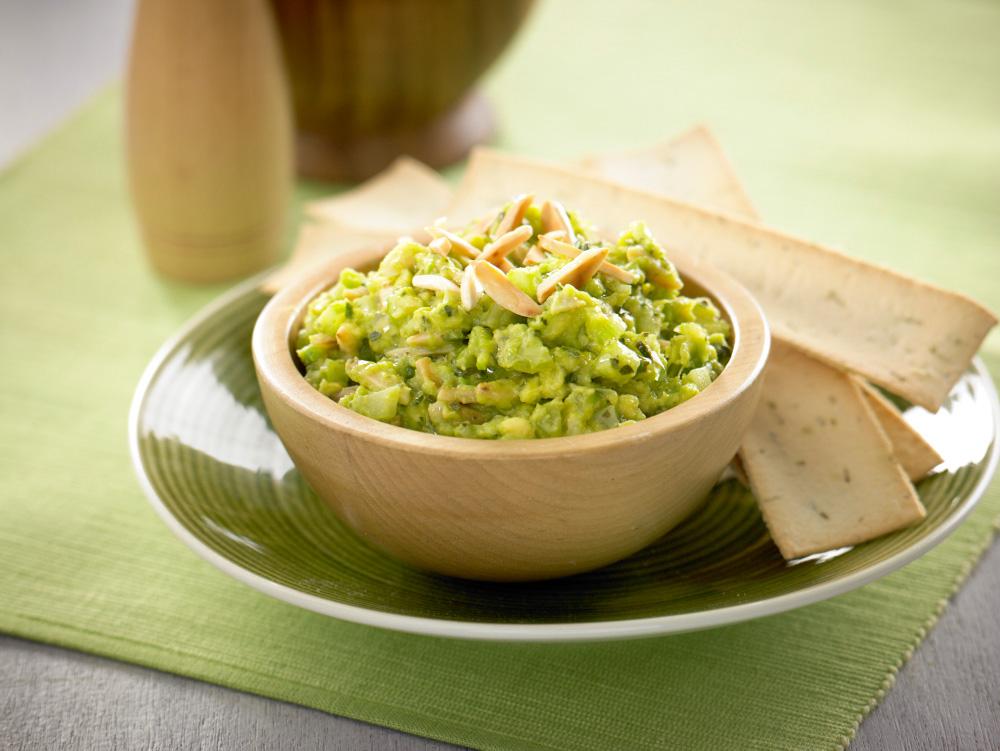 crunchy_celery_avocado_salsa.jpg