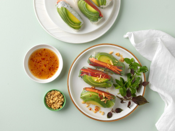 Rice Paper rolls with Avocado, and Spicy Dipping Sauce